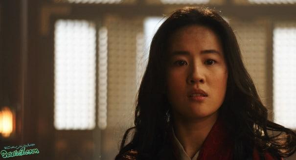 بازیگر نقش مولان Liu Yifei
